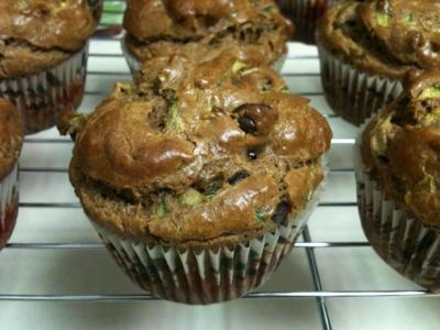 baking: paleo zucchini muffins (3/4)